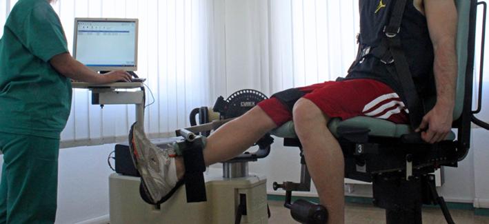 Macchina per riabilitazione isocinetica e allenamento
